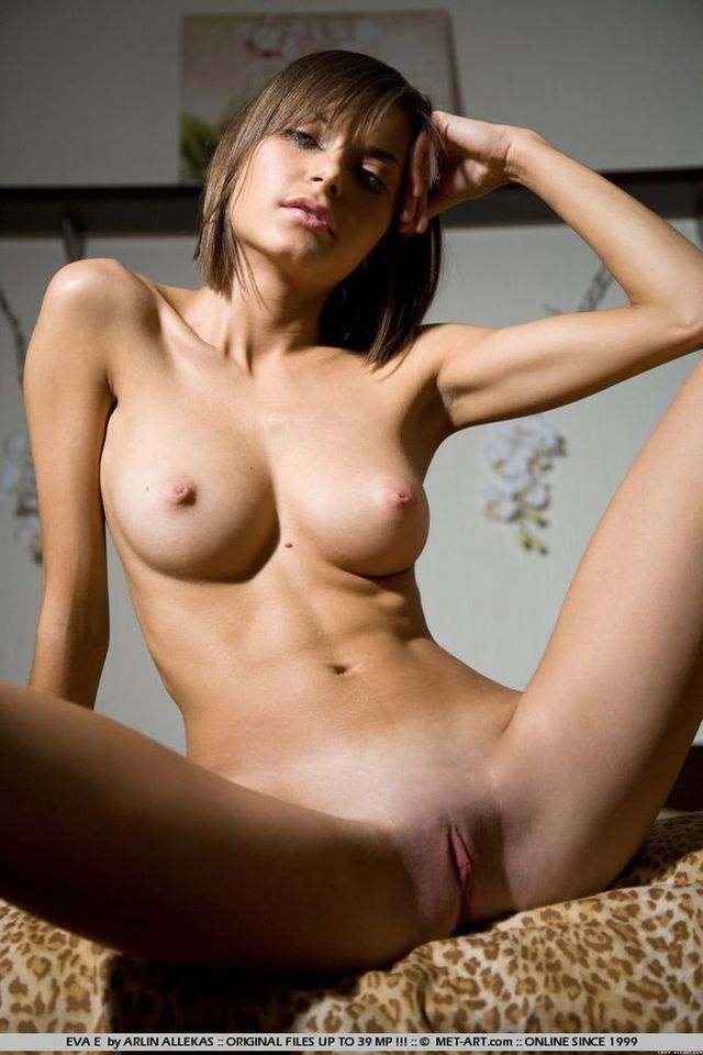 big boobs porn pics pics large nude beauty legs boobs picpost thmbs spreading