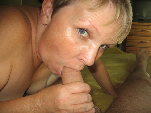 Full lip mature bj