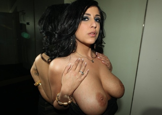 busty porn star porn star stars large busty supics