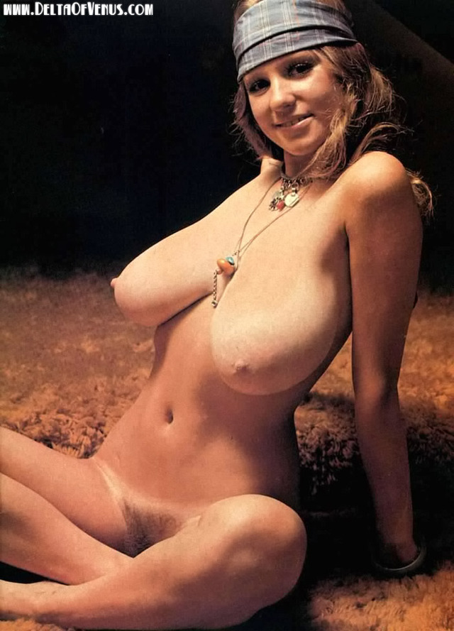 classic porn page vintage huge nude pinup breasts natural roberta pedon