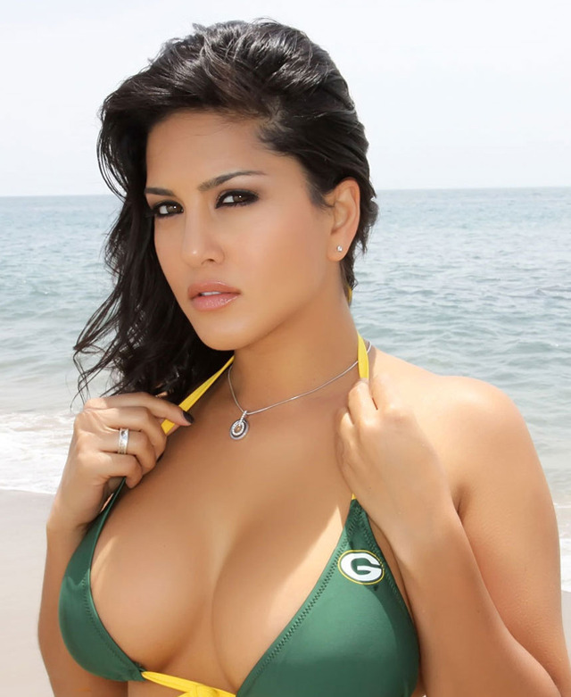 famous porn star sunny leone uploadedimages viewgossips