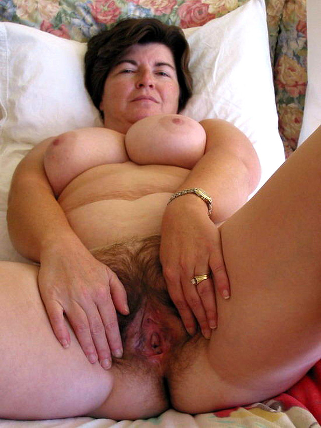 old porn woman original media mom old thick lady mature mother spread twat spouse