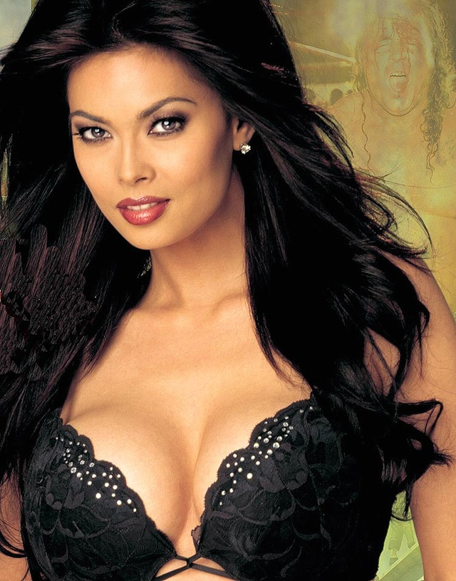 porn model star tera patrick black awards super bra receives honors xfanz