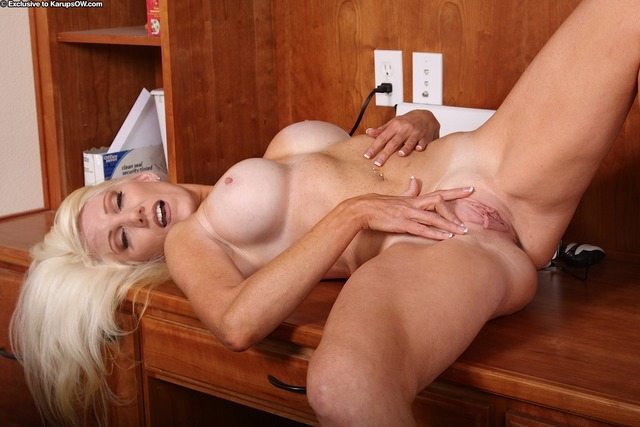 big shaved pussies blowjob shaved pussy tits gives milf blonde legs spreads day krystal desk