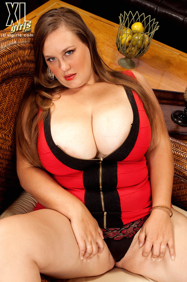 big tits and girls girl tits sexy thick woman fat