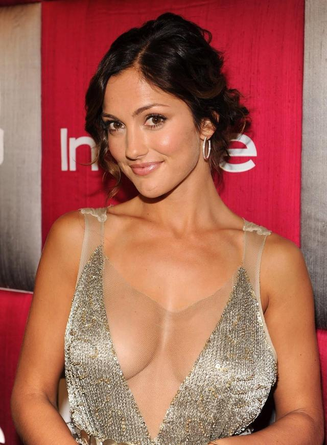 big tits gallery photos gallery tits minka kelly minkakelly
