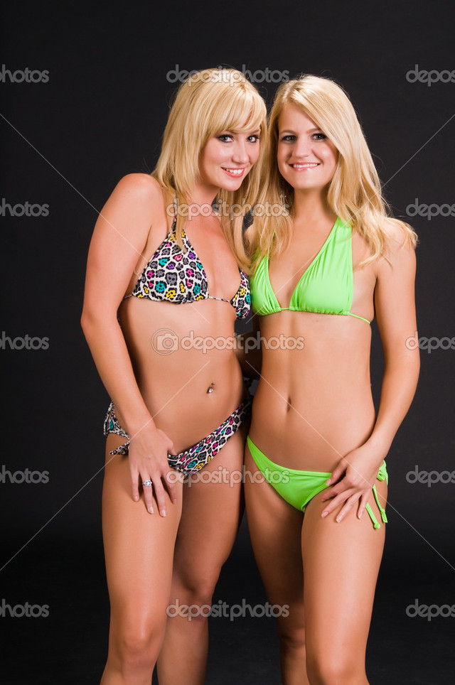 blondes in bikinis pics photo blondes stock depositphotos