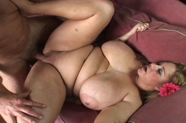 busty titty porn original nice large thumbnails submits one heavy hangers