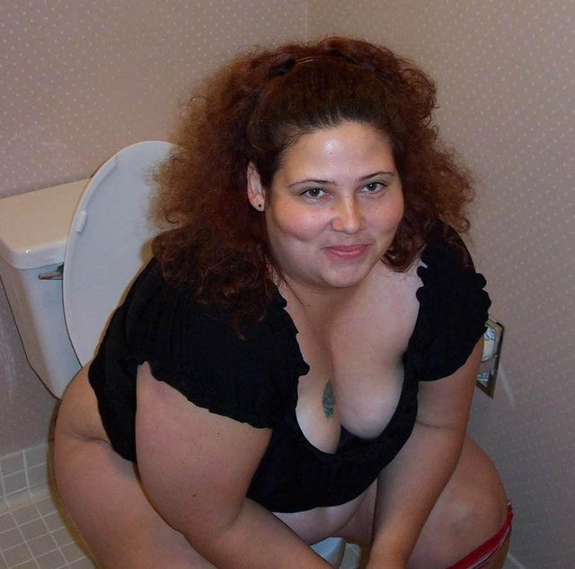 chubby woman porno galleries large woman fat horny heavy explicit fatties cleaning