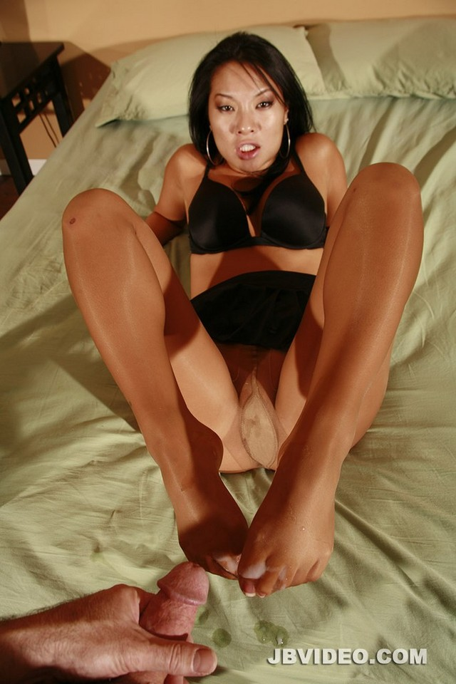 cum shots galleries attachment asian cum legs pantyhose cumload