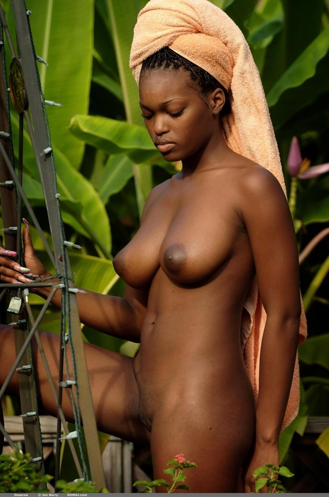 ebony girl girl girl galleries busty ebony deserea towel