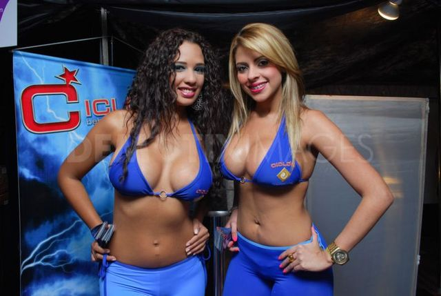 erotic sex models news photos large erotic beauty convention scale caracas health showcased