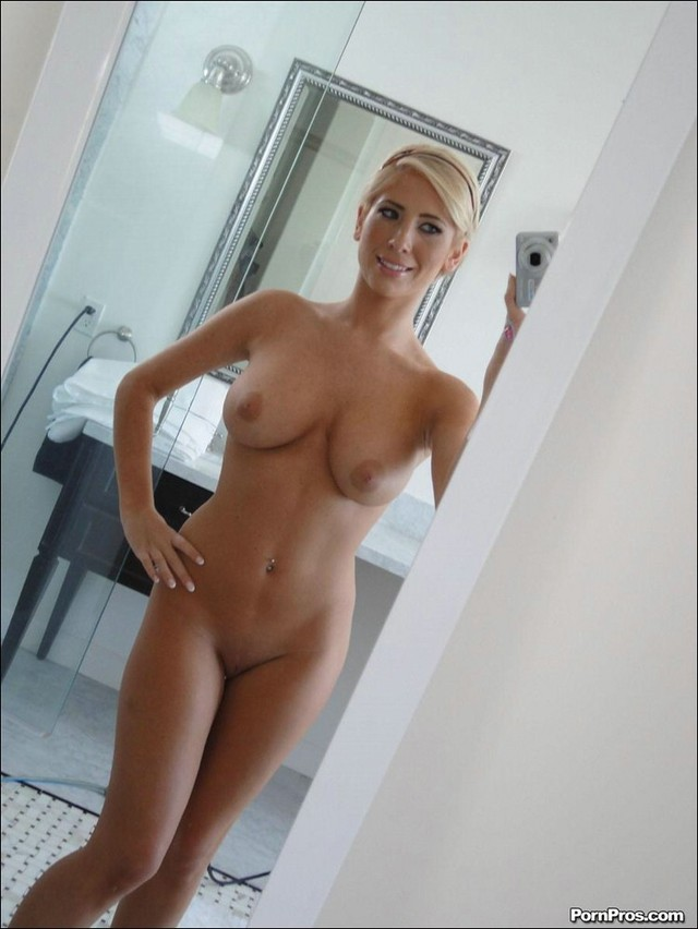 Ex gf nude self shot