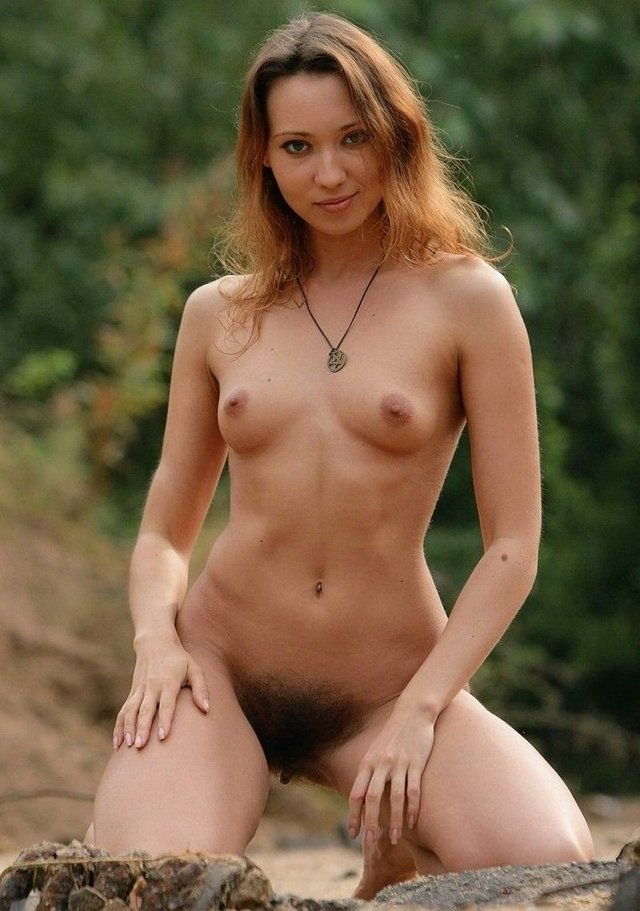 Eyes closed Free nude redhead sites