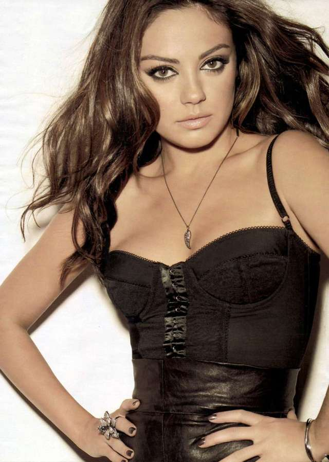 free pics lingerie free english wallpapers lingerie wallpaper makeup mila kunis widescreen