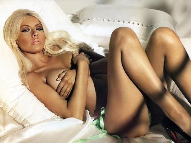 free sexy naked wallpapers sexy naked woman pose christina aguilera qbtki