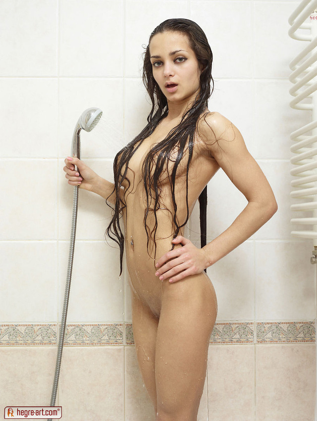 girl in shower porn girl picture pussy galleries sexy nude shower fef taking lips kkwuqswpogy
