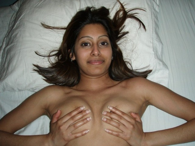 girlfriend blowjob galleries blowjob pics hot indian girlfriend fuck getting finger