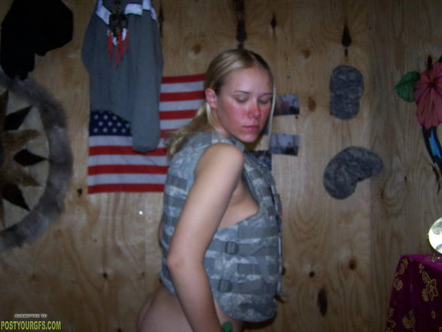 girlfriend pussy photo pics hot pussy galleries girlfriend army naked blonde cute gets fav shows gun military dot postyourgfs