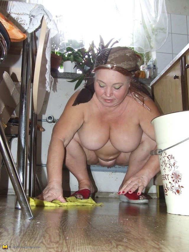 granny ass pics granny ass naked white blonde all kitchen cleaning