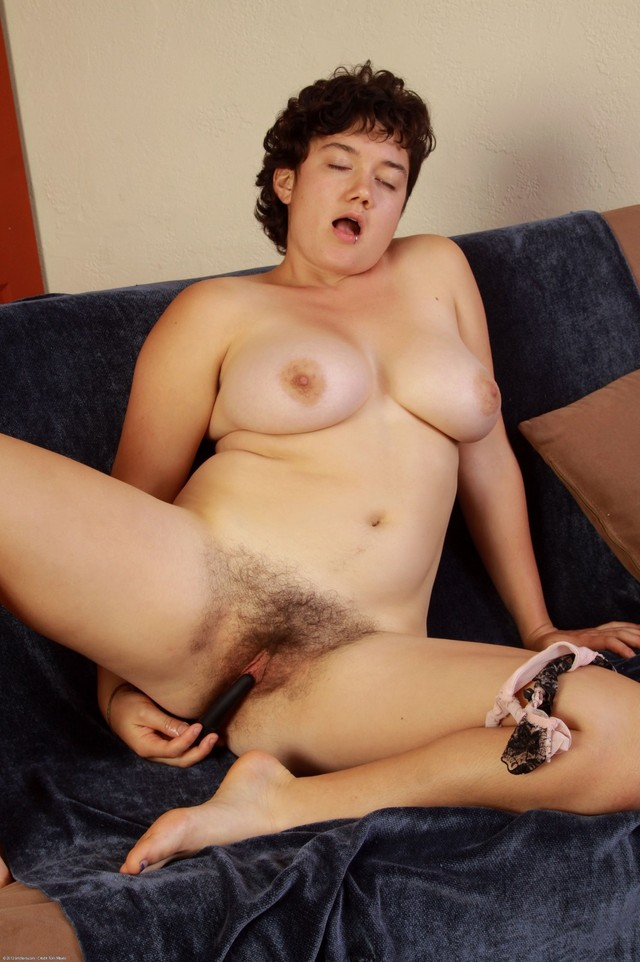 Hairy black squirting pussies