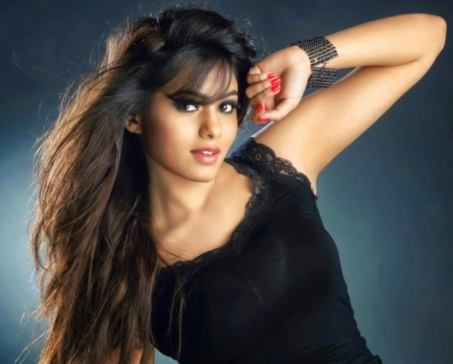 hot and sexy gallery photos hot sexy bhot deepa bsannidhi bimages sannidhi