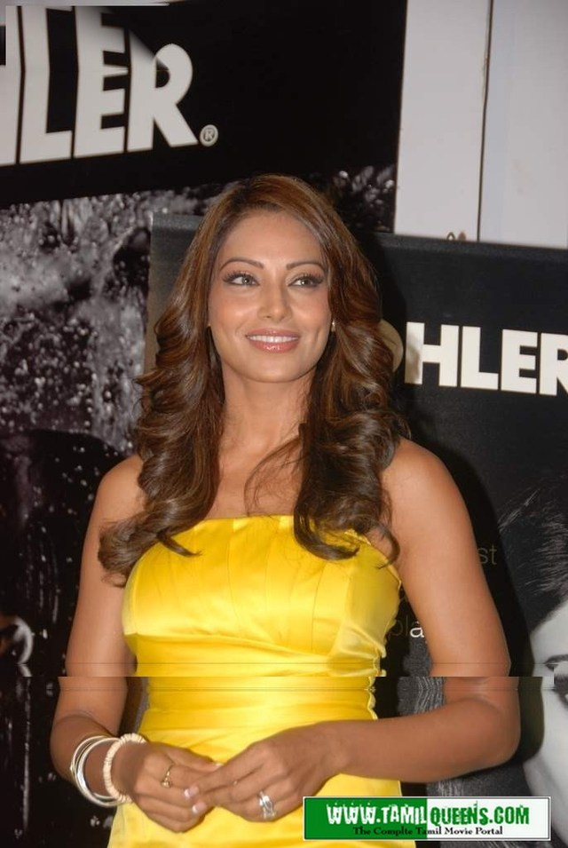 hot and sexy gallery pics pictures sexy basu bipasha