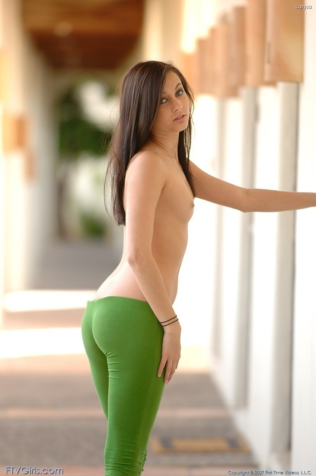 hot ass pics hot girls ass sexy from green leggings ftv crack larysa