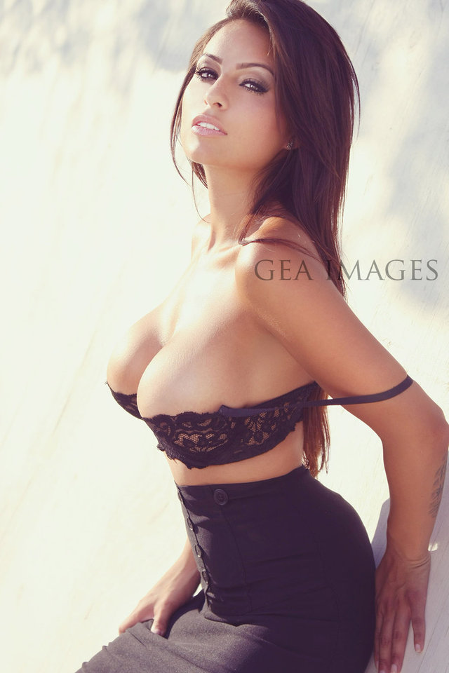 hot boob galleries tits boobs castle gina geaimages nrehw