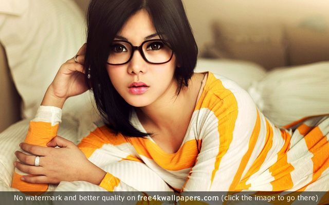 hot brunette pics glasses hot brunette best wallpapers originals