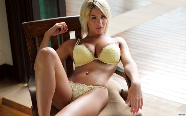 hot girl tit pics eng wallpaper gemma atkinson