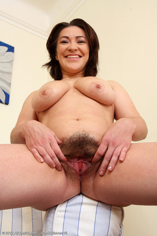 hot hairy pussy pics hot over milf hairy laura from all lau