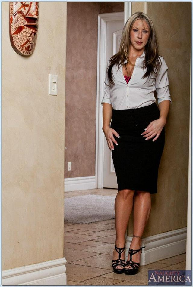 hot sex teacher pic pics hot tgp gal fucked gets teacher hosted carolyn reese