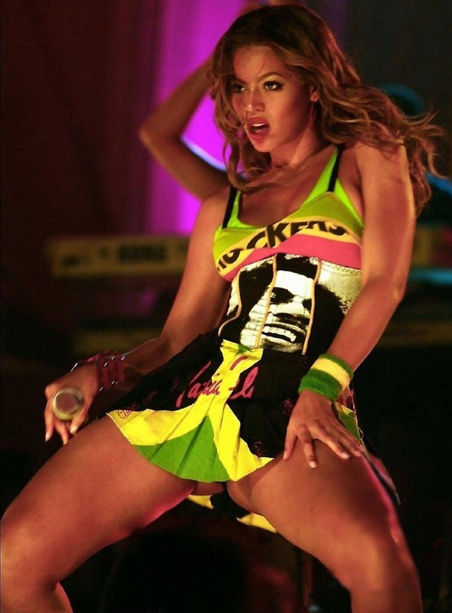 hot up skirt pictures page hot upskirt beyonce