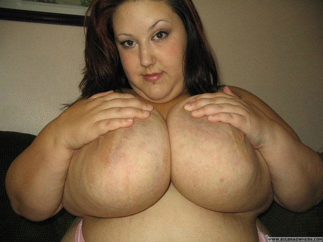 huge breasts images galleries huge breasts monique bigtits