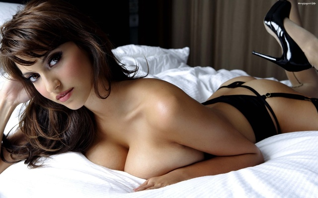images of huge breast babe another huge bed breast