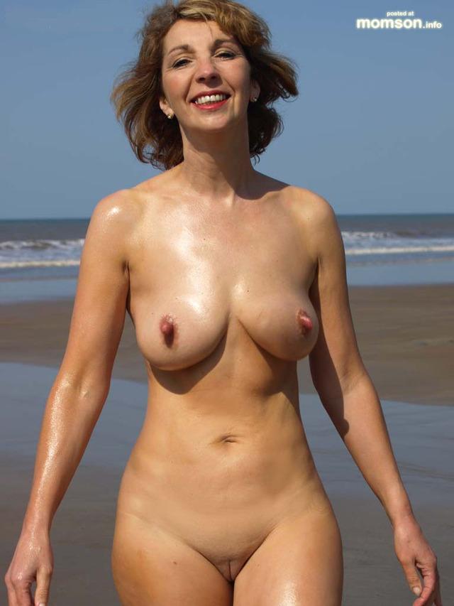 ... mature naked women original photos media pics women nude woman mature: www.pezporn.com/images-of-mature-naked-women/204820.html