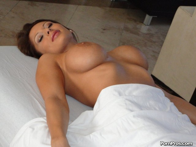 massage fuck pictures star massage fucking alison pinkworld