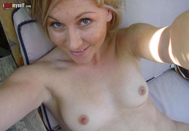 Mature naked seductive women