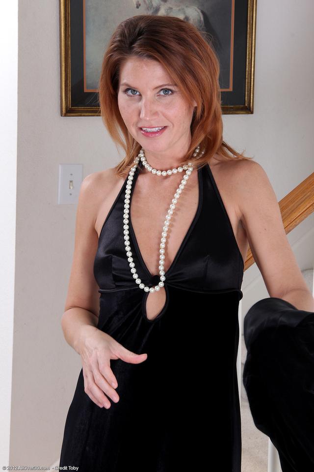 Photos mature women websites