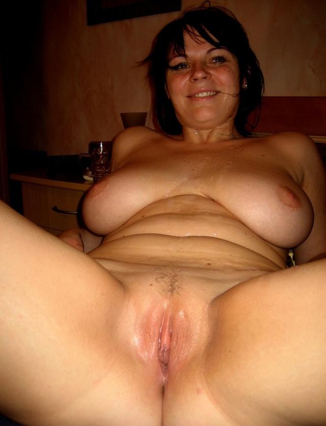 Amateur home video sexy women