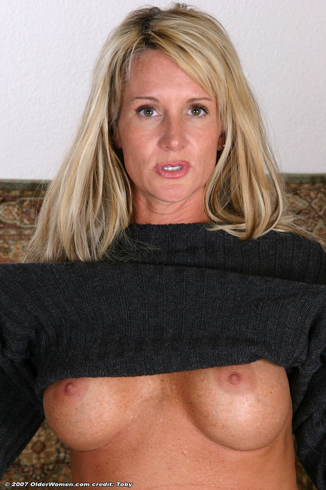mature women pic porn porn media woman mature