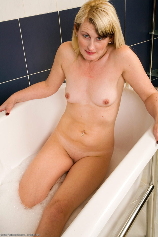 naked and sexy ladies gallery hot sexy naked blonde mature