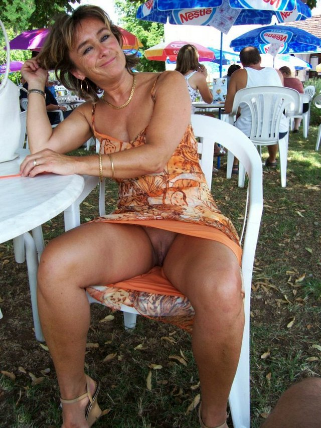 naked mature females free pics pictures real amature galleries hairy naked mature twat grandma females aged elders
