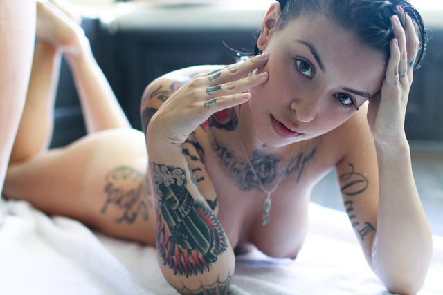 naked sexy girl photos girl sexy naked wallpapers tattoo inked wall devushka devushki kra gdefon