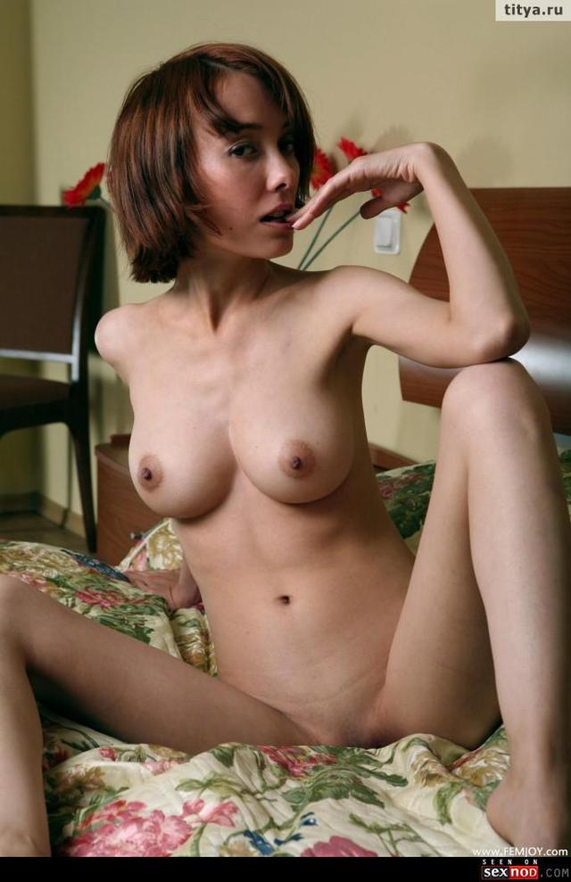natural tits bra tits babe asian busty solo hand natural wmimg skinny bra puffy titya