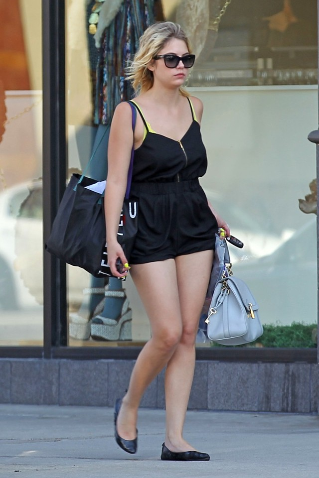 nice ass pictures gallery nice ass ashley benson leaving urban outfitters