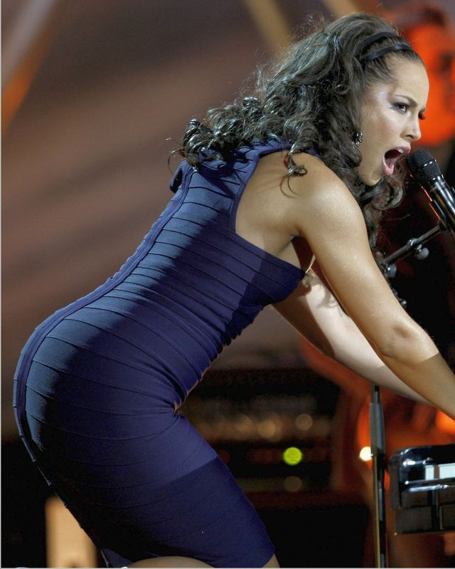 nice big asses nice ass tight dress alicia keys
