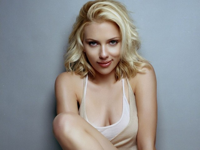 nude female celebrity pics photos nude scarlett johansson data week searches dominate