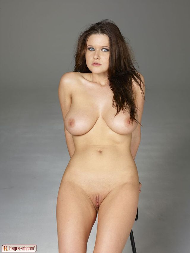 nude shaved pussy pics shaved pussy babe large nude boobs picpost thmbs
